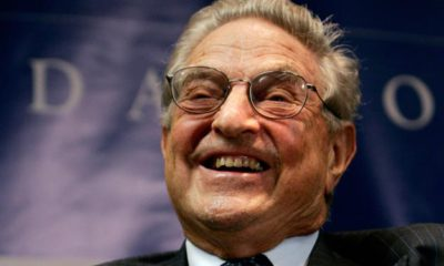 "George Soros, Chairman of the Open Society Institute, smiles at a forum sponsored by the New America Foundation in Washington September 13, 2006. Soros discussed ""the age of fallibility, the consequences of the war on terror"".    REUTERS/Jason Reed  (UNITED STATES)"