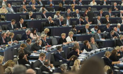 epa05569533 Members of Parliament listens to a speech prior to voting on the UN Climate Change agreement at the European Parliament in Strasbourg, France, 04 October 2016. The Parliament has ratified the Paris environmental agreements.  EPA/PATRICK SEEGER