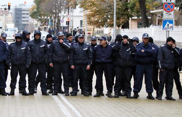 кордонkordon_policia_protesti_bul