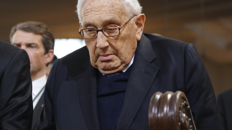 HAMBURG, GERMANY - NOVEMBER 23:  Henry Kissinger attends the funeral service of former German Chancellor Helmut Schmidt at St Michaelis church on November 23, 2015 in Hamburg, Germany. Schmidt, a German Social Democrat (SPD), led West Germany as chancellor from 1974 until 1982. He died on November 10 in Hamburg at the age of 96.  (Photo by Focke Strangmann-Pool/Getty Images)
