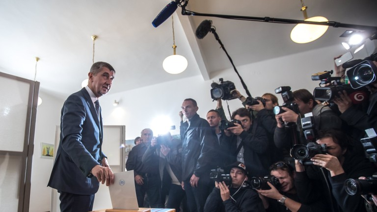 epa06279258 Andrej Babis, Slovak-born billionaire and leader of the ANO movement, casts his ballot at a polling station, during voting in the parliamentary elections in Prague, Czech Republic, 20 October 2017. The general elections in the Czech Republic will be held on 20 and 21 October 2017.  EPA/MARTIN DIVISEK
