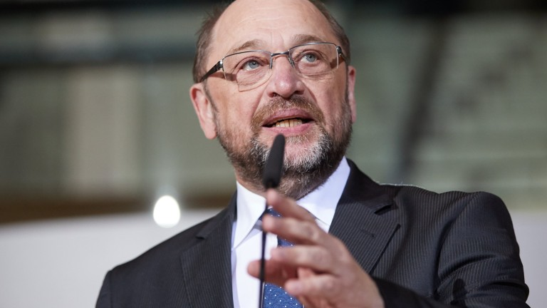epa06522072 Outgoing Leader of the Social Democratic Party (SPD) Martin Schulz makes a statement after a presidium meeting of the Social Democratic Party (SPD) at the party's headquarter Willy-Brandt-Haus in Berlin, Germany, 13 February 2018. The SPD announces that the party's parliamentary group leader Andrea Nahles is appointed as the provisional party leader succeeding Martin Schulz. On 07 February, outgoing Leader of the Social Democratic Party (SPD) Martin Schulz announced his resignation from the party leadership to serve as the next German Foreign Minister. However, he abandoned his plan to work at the Foreign Office on 09 February after he met internal disputes within the SPD.  EPA/HAYOUNG JEON