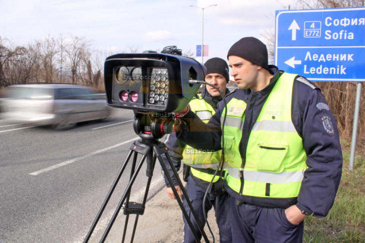 кат-камери1522912110-kamm