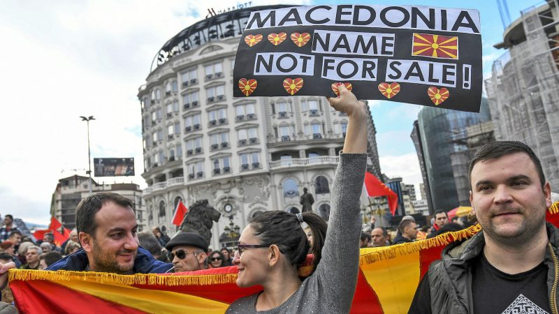 12-13-macedonia-protests-800x450