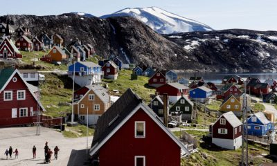 epa07775907 (FILE) - Houses in the village of Upernavik in western Greenland, 11 July 2015 (reissued 16 August 2019). According to news reports, US President Donald J. Trump has 'repeatedly' asked aides about their views on the US buying Greenland.  EPA/LINDA KASTRUP  DENMARK OUT