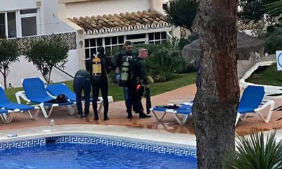 0_FULL-COPY-BY-GERARD-COUZENS-TEL-34-659-567-821Police-divers-at-the-pool-where-THREE-members
