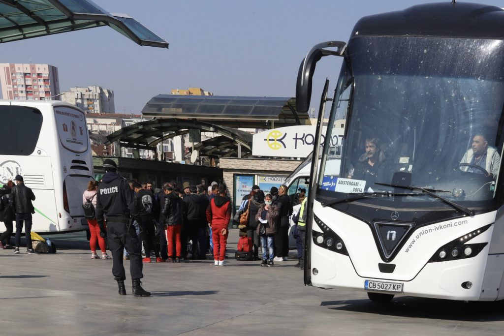 автобуси-коронаирус-международна-атогара-2