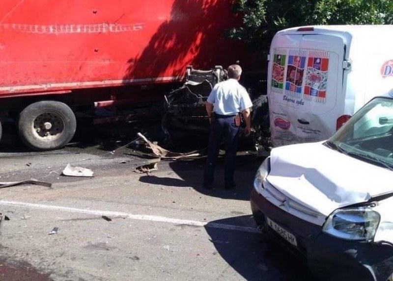 tir-pomete-avtomobili-kragovo-aitos-28-165